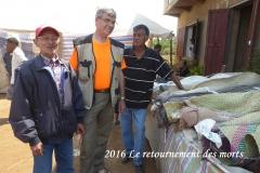 humanite-madagascar-2016-visages-paysages-retournement-des-morts