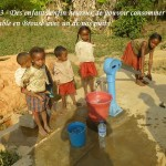 humanite-madagascar-2013-brousse-adduction-d-eau-enfants