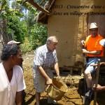 humanite-madagascar-2013-brousse-creusement-d-une-cave