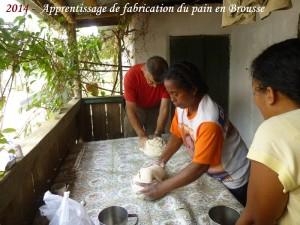humanite-madagascar-2014-brousse-aprentissage-fabrication-du-pain