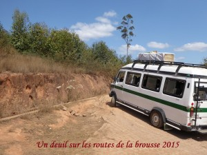 humanite-madagascar-2015-brousse-route-deuil