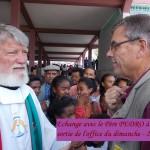 humanite-madagascar-2015-pere-pedro-echange