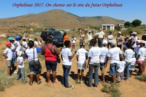 humanite-madagascar-2017-orphelinat-chant