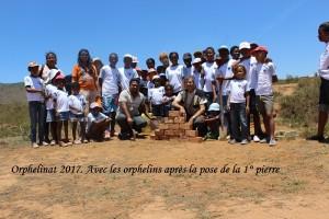 humanite-madagascar-2017-orphelinat-premiere-pierre-orphelins